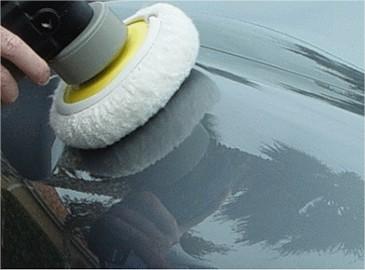Travail de lustrage polisseuse et bonnet -Shine Car - Votre partenaire brillance- Distributeur agréé Polish Secours